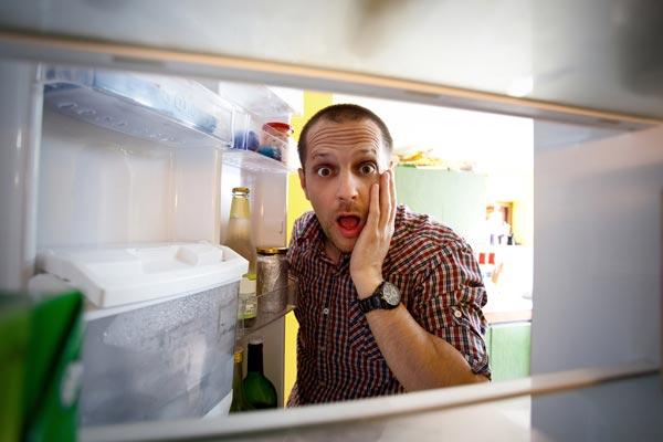 Jak si uspořádat ledničku a správně skladovat potraviny