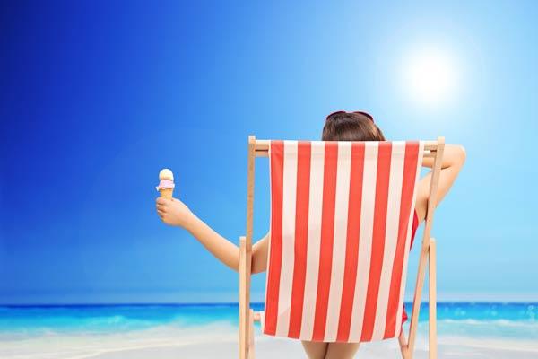 Jak nepřibrat o dovolené, ale vychutnat si ji se vším všudy, včetně zmrzliny a sklenky vína