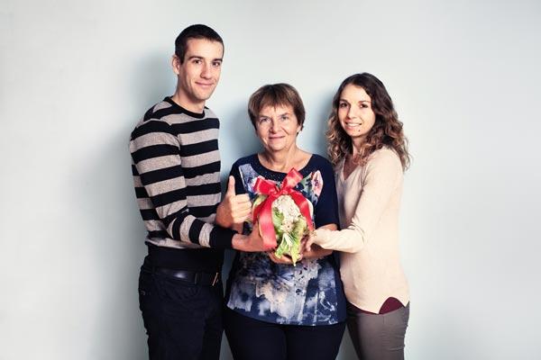 Iva Málková a její následovníci: dcera Hanka s přítelem