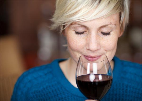 O kaloriích nevážně: Zdravotní účinky vína