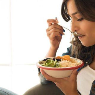 Mindful eating: Naučte se odolat emočnímu jedení pomocí všímavosti!