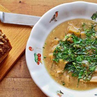 Kuchařka ze Svatojánu: Recepty na polévky pro každý den
