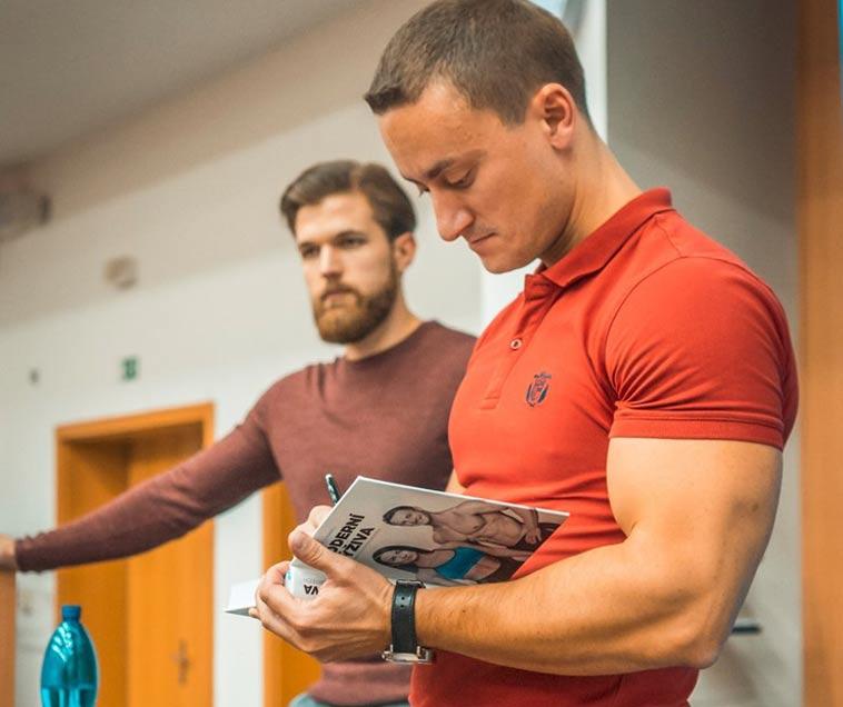 Miloslav Šindelář a Lukáš Roubík, Institut Moderní Výživy