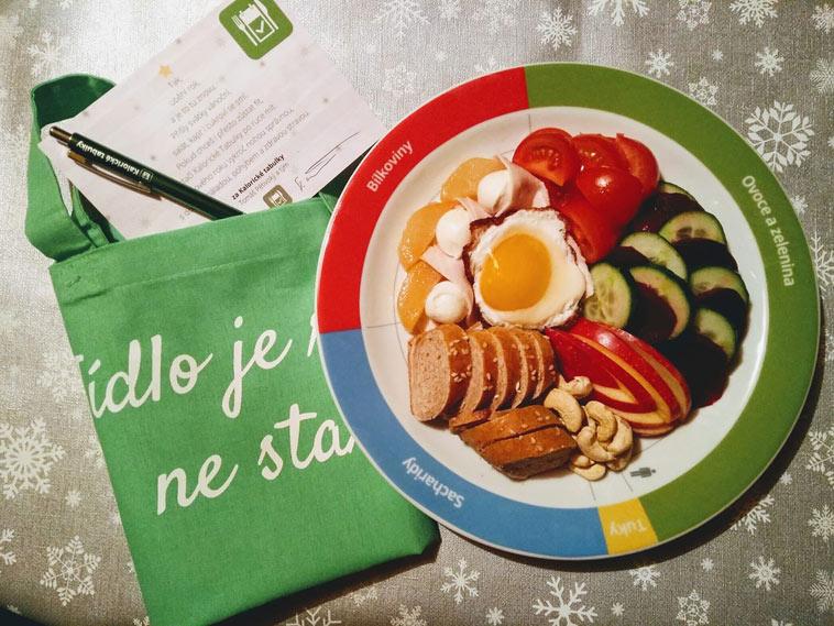 Získejte speciální talíř, jenž byl vyroben pro aplikaci www.kaloricketabulky.cz