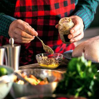 Tři chlapi v kuchyni aneb jednoduché recepty do náročných dnů