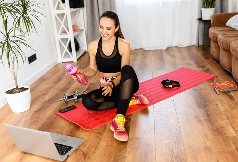 Na co se při cvičení doma soustředit a čemu se naopak raději vyhnout?