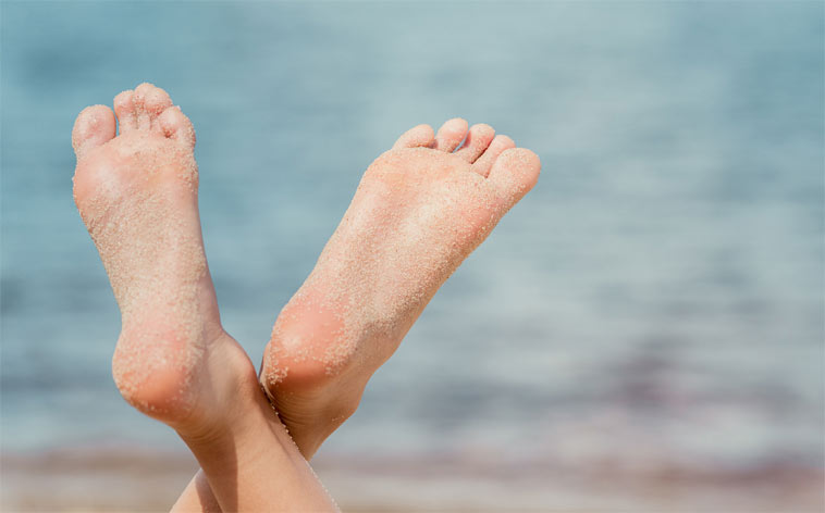 Domáca starostlivosť o nohy (nielen) v letnom období